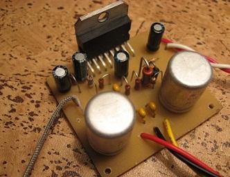 усилитель звука на 100Вт
